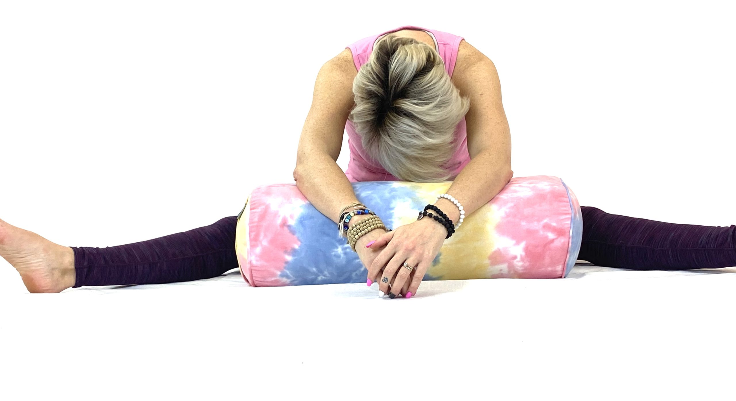 Yin Yoga Straddle (17)
